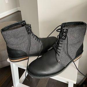 Original Penguin Boots